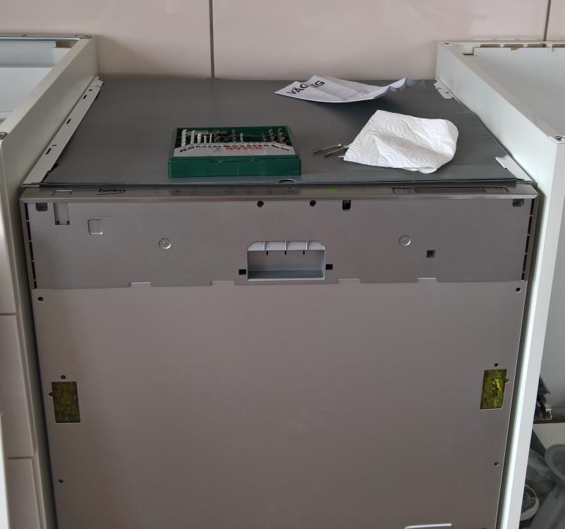 Vom Tellerwäscher zum... [Geschirrspüler Beko DIN 6830 FX30 (6 von 5)] im Produkttest