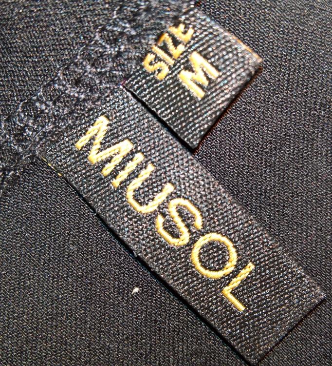 Tolles Kleid aus doofem Material [Miusol Etuikleid (4 von 5)] im Produkttest