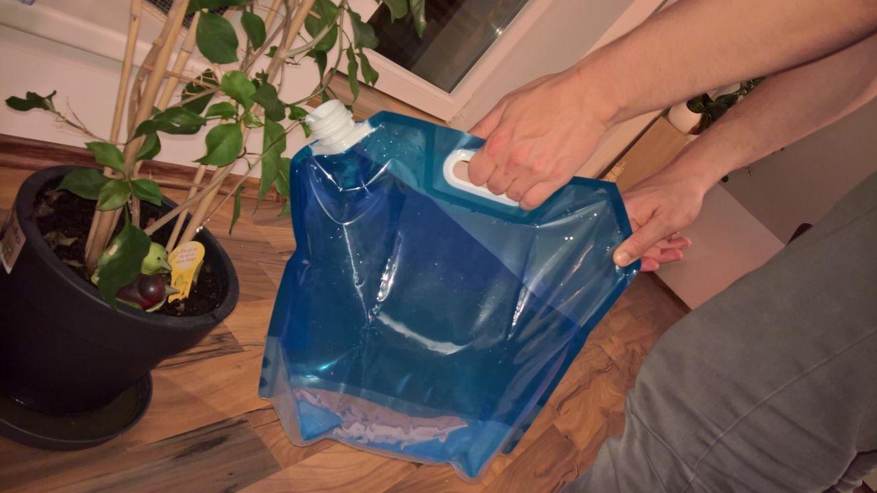 Die Faltgießkanne [Gießkanne von Yosoo (4 von 5)] im Produkttest
