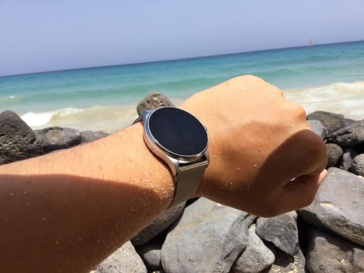Außen klassisch, innen modern [preiswerte Smartwatch von Banaus (3 von 5)] im Produkttest