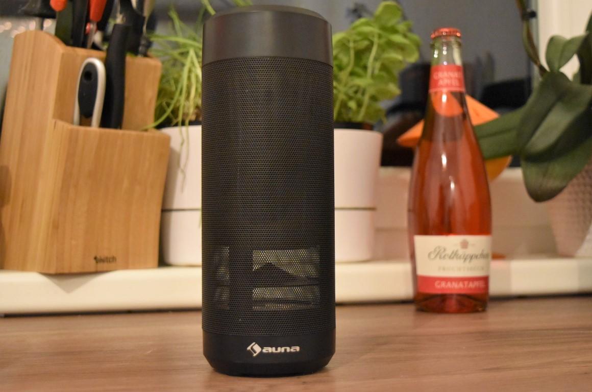Alexa, der Flaschengeist [Mobiler Lautsprecher, Auna Intelligence Tube (4 von 5)] im Produkttest